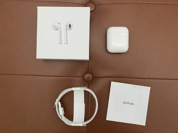 AirPods All pieces